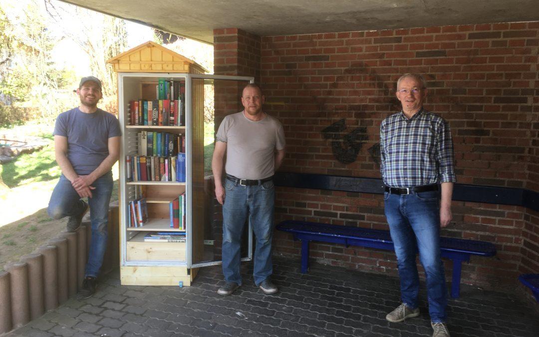 Lützelhäuser Bücherschrank in Betrieb